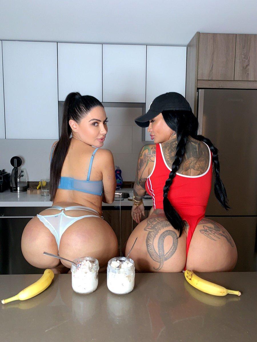 Brazilian Face Sitting Lesbian