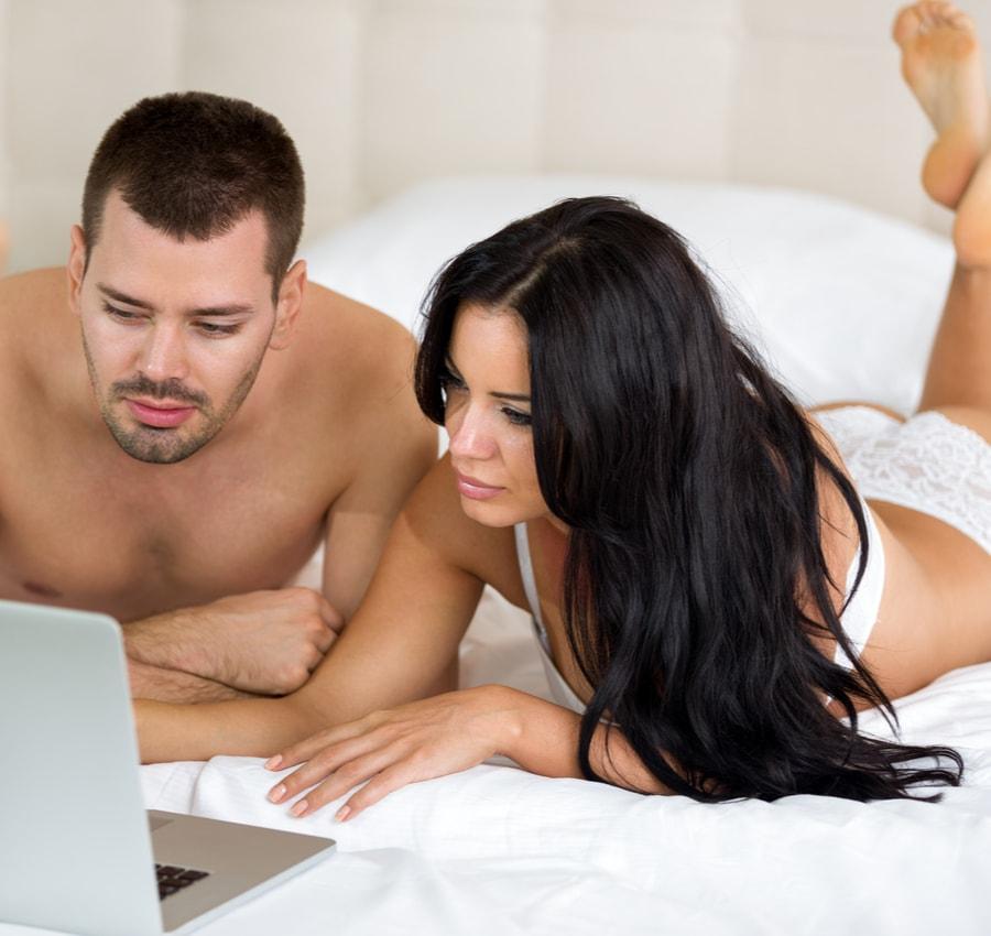 Girl Masturbates Watching Porn